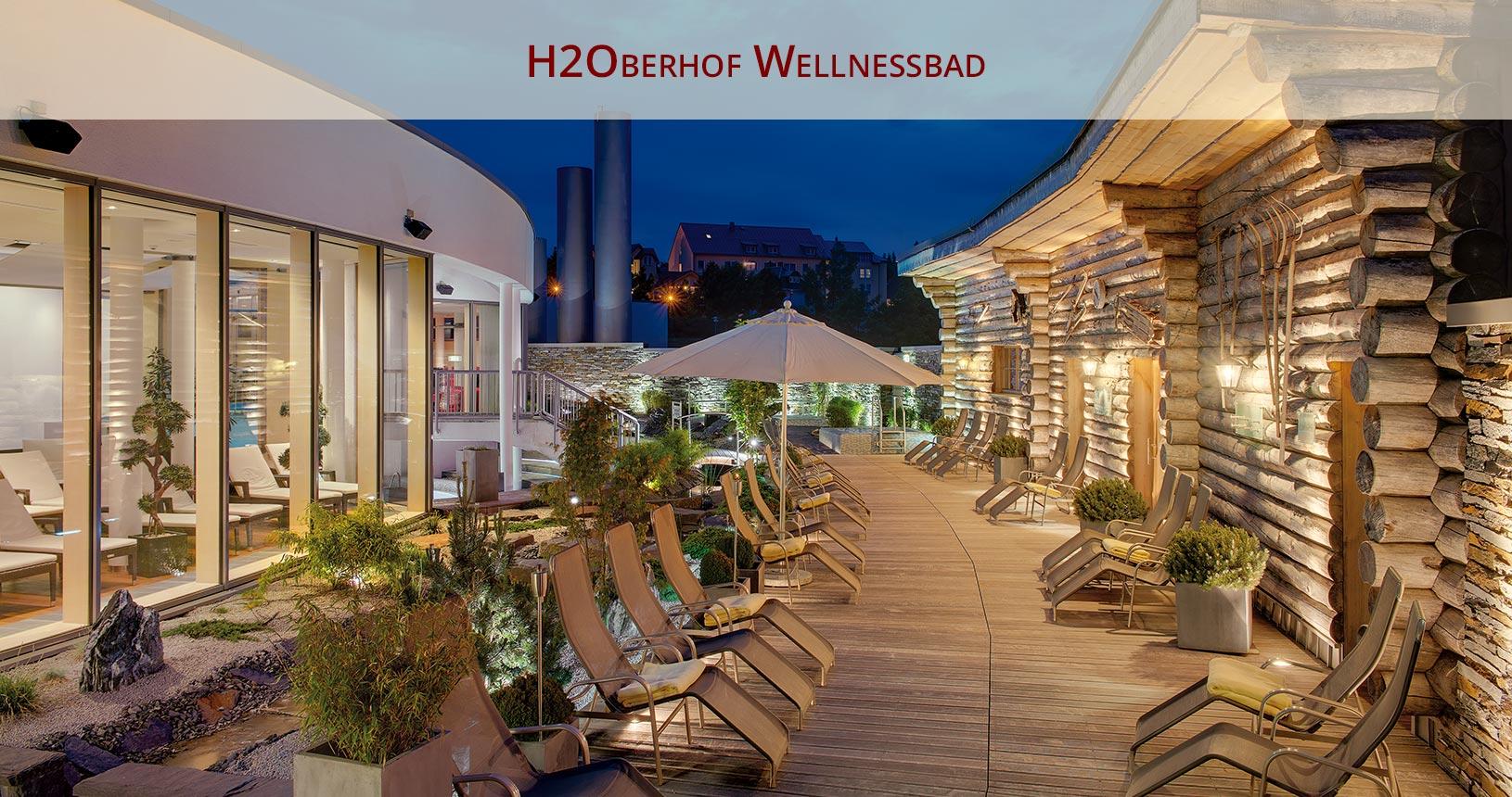 H2Oberhof Wellnessbad Oberhof für Urlaub für Paare, Blick Saunagarten