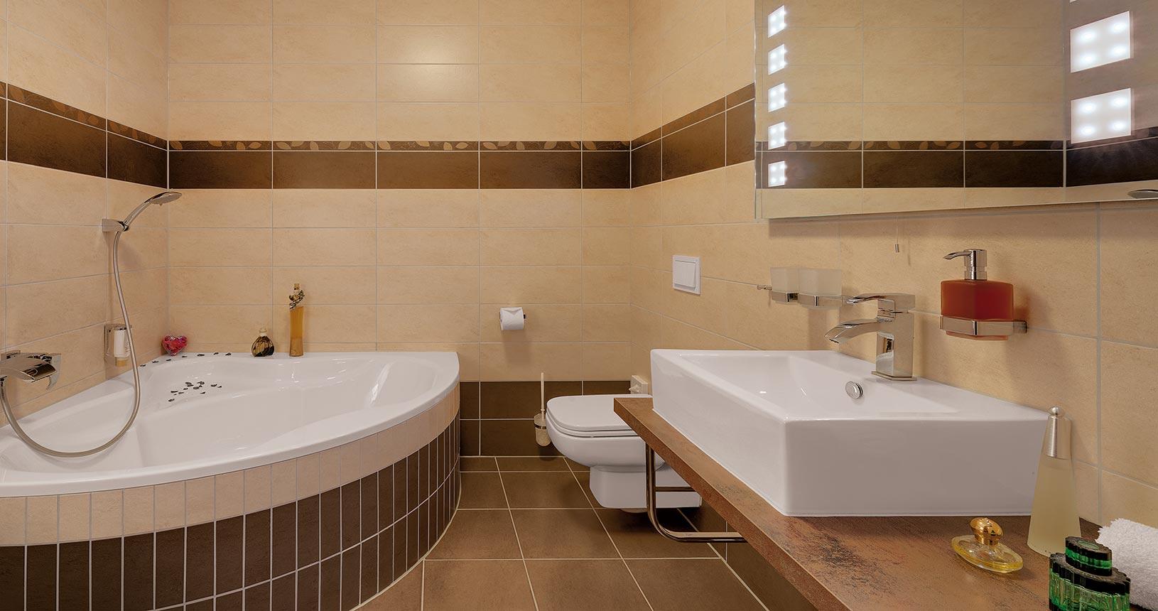Bad im Premiumzimmer Schlossberghotel Oberhof